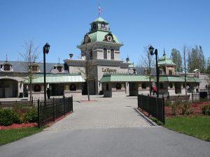 clôture ornementale parc attraction